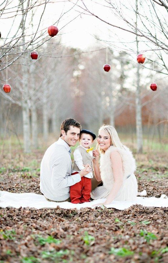 Family with Ornaments Xmas photo