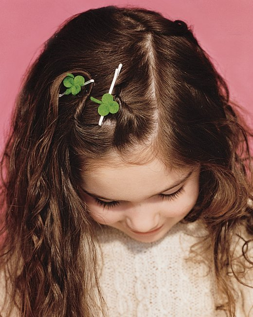 St. Patrick's Day Crafts: Clover Hair Accessory