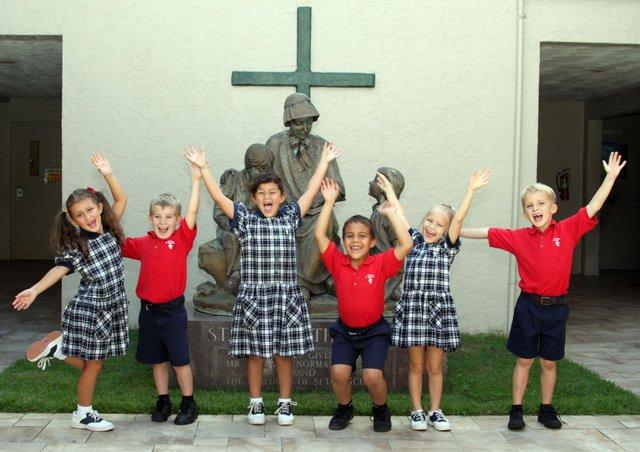 St. Elzabeth Seton students