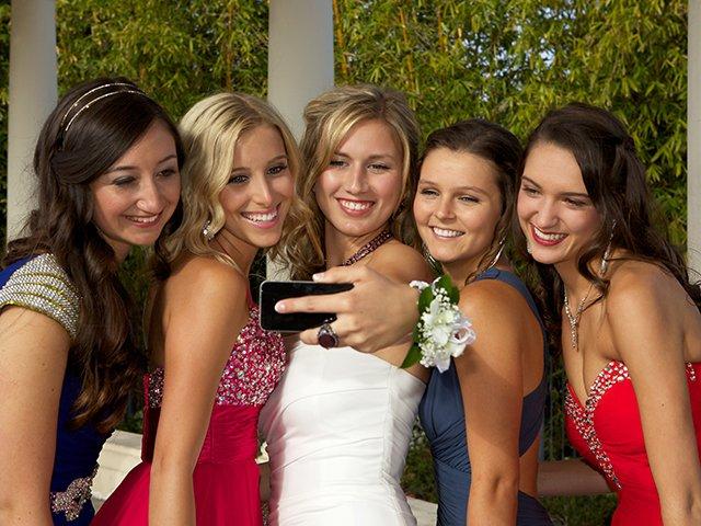 Girls at Naples prom