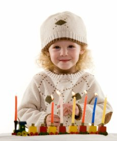 girl with menorah