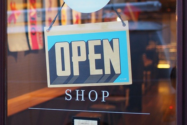 shop-2607121_640.jpg