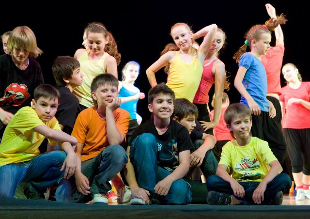 theatre children on stage