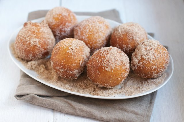 17. cinnamon doughnuts