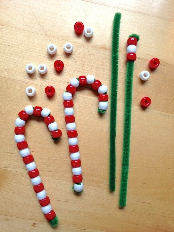 10 Beautiful Christmas Ornaments Easy Enough For Kids To Make